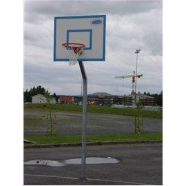 Basketplate med stål stolpe